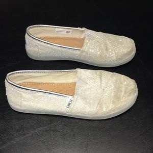 Silver Toms size 3 slip on